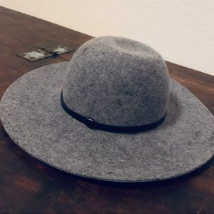 Grey Wool wide brim felt Hat with Black detail